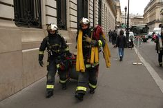 Paris Firefighter / SAPEURS POMPIERS