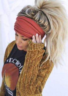 headband hairstyles As seen on Teen Mom Chelsea Houska! Fabric is a heathered rust color. Made From Cotton/ Jersey Mix Fabric Super Soft & Stretchy & Made to fit any size hea Undercut Hairstyles Women, Headband Hairstyles, Girl Hairstyles, Braided Hairstyles, Wedding Hairstyles, Camping Hairstyles, Men Undercut, Men's Hairstyle, Shaved Hairstyles