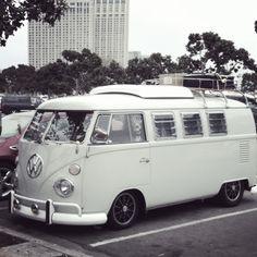 Pop-top camper