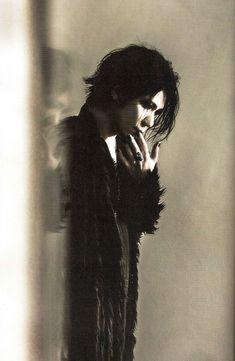 Aoi New Bands, Rock Bands, Aoi The Gazette, Drum Band, Romantic Goth, Airport Photos, Victorian Goth, Rare Pictures, Photo Makeup
