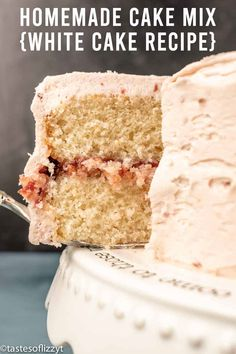 Made with a homemade cake mix, this white cake mix is so simple to put together! Wedding-style white cake has never been so easy or so delicious. Homemade Cake Mixes, Homemade White Cakes, Easy Vanilla Cake Recipe, Quick Cake, Decadent Cakes, White Cake Mixes, Best Cake Recipes, Types Of Cakes, Cool Wedding Cakes