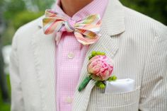 A Man who can pull off pink, a bow tie and seersucker is my dream <3