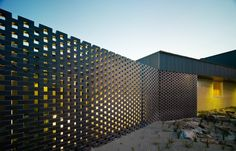Kerstin Thompson Architects: Carrum Downs Police Station, hit & miss brickwork Backyard Fences, Fenced In Yard, Garden Fencing, Fence Landscaping, Pool Fence, Garden Gate, Brick Fence, Brick Wall, Fence Gate