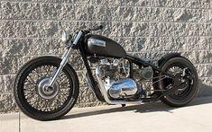 ❦ Triumph bobber