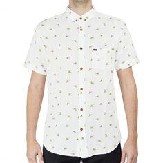GLOBE The Crescent shirt off white birds chemise à manches courtes 49,00 € #skate #skateboard #skateboarding #streetshop #skateshop @playskateshop