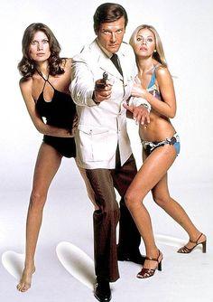 Roger, Maude, and Britt. Maude Adams appeared in 3 Bond movies. 2 with Roger Moore. Britt Ekland, James Bond Movie Posters, James Bond Movies, Daniel Craig, Chuck Norris Movies, Adam Le, Best Bond Girls, James Bond Women, Movies
