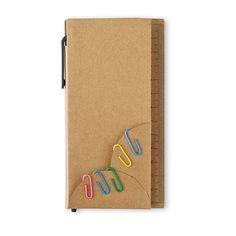ДАРИЛ Набор для заметок в картонной обложке           с линейкой, разноцветными самоклеющимися           листочками (50 листов) и шариковой ручкой           с синими чернилами.           Максимальный размер печати: 50 x 60 мм