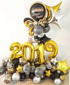 - Decoration For Home Diy New Years Party Decorations, Balloon Decorations Party, Balloon Centerpieces, Graduation Decorations, Handmade Decorations, Birthday Party Decorations, Graduation Balloons, Birthday Balloons, Cube Photo