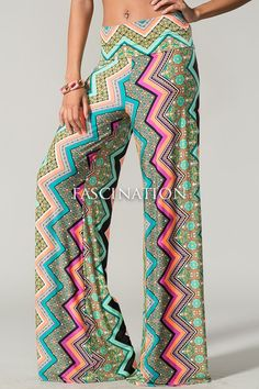 Palazzo pants are going fast! Get your now at Destin Stars Boutique! Boho Girl, Girly Girl, Chevron Pants, Palazzo Pants, Leggings Are Not Pants, Summer Wardrobe, Types Of Fashion Styles, Boutique, Style Me