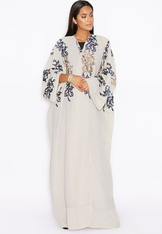 تسوق Embroidered Detailed Abaya ماركة هيا كلوزيت لون أبيض في عمان