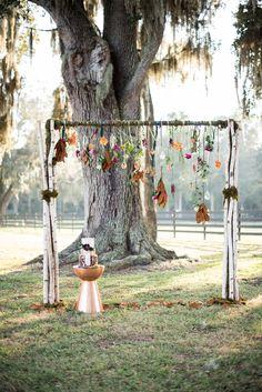 Wedding arch #weddingarch @weddingchicks