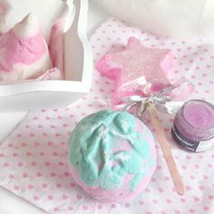 Christmas Lush Haul 2016   Mistletoe Bath Bomb
