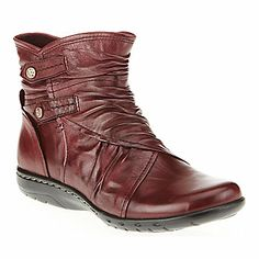 """Cobb Hill """"Pandora"""" Ankle Boots in Red"""