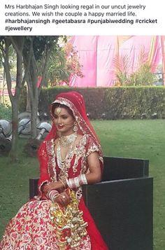 Harbhajanj Singh in our regal Uncut diamond jewellery. Uncut Diamond, Diamond Jewellery, Sari, Jewelry, Fashion, Rough Diamond, Saree, Moda, Diamond Jewelry