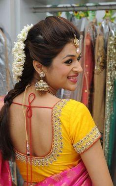 Fancy Blouse Designs, Bridal Blouse Designs, Saree Blouse Designs, Blouse Styles, Blouse Patterns, Magam Work Blouses, Stone Work Blouse, Indian Designer Wear, Model
