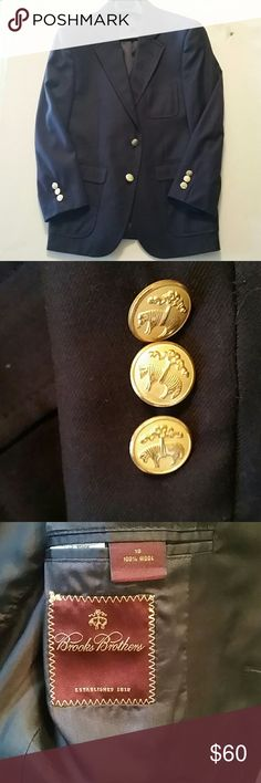 Brooks Brothers Boys Navy blazer 10 Boys Navy blazer /Gold buttons all intact ,like new. .no snags, pulls or stains. Brooks Brothers Jackets & Coats Blazers