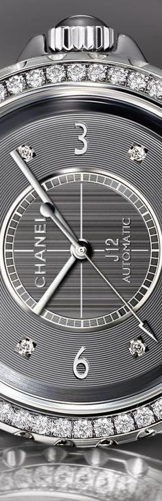 J12 CHROMATIC 38 mm - Chanel Watch in titanium ceramic §   LBV ♥✤