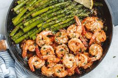 Lemon Garlic Butter Shrimp with Asparagus – So much flavor and so easy to throw together, this shrimp dinner is a winner! Lemon Garlic Butter Shrimp with Asparagus – So much flavor and so easy to throw together, this shrimp dinner is a winner! How To Cook Asparagus, Asparagus Recipe, How To Cook Shrimp, Shrimp With Asparagus, Sauteed Shrimp, Recipes With Asparagus, Asparagus Skillet, Asparagus Stir Fry, Grilled Shrimp Skewers