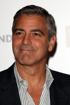 George Clooney at event of The Descendants