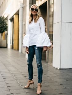 bell sleeved top with skinny jeans