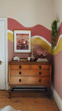 How to Create an Organic Colour Block Wall - Swoon Worthy