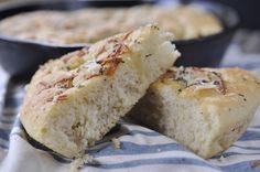 60 Minute Skillet Foccacia Bread