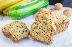 The best zucchini bread in the world . Easy Eat, Quick Easy Meals, Bread Recipes, Cake Recipes, Best Zucchini Bread, Snacks For Work, Pumpkin Bread, Sweet Bread, Vegetable Recipes