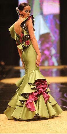 Vestido flamenca favorito                                                                                                                                                     Más