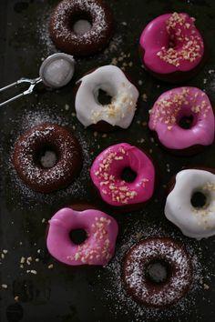 ... chocolate macadamia donuts with beeroot or vanilla glaze ...