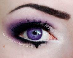 Madam Noire Makeup Studio: Gothic circus