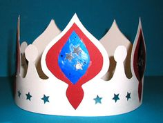 Couronne de roi russe Crafts To Make, Crafts For Kids, Hat Template, Templates, World Crafts, Twelfth Night, Halloween Disfraces, Epiphany, Wearable Art