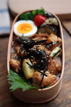 日本人のごはん/お弁当 Japanese meals/Bento. b141021_1.jpg