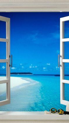 窓から望むビーチ iPhone6 Plus壁紙
