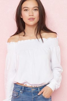 Off-Shoulder Cropped Sweatshirt White Off The Shoulder Top Outfit, Off Shoulder Tops, Garage Clothing, Shirt Store, Crop Shirt, White Tops, Street Style, Style Inspiration, Fashion Outfits