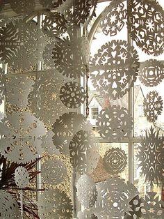 Snow flake curtain #retaildetails