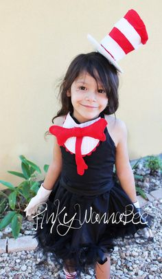 Easy DIY cat in a hat costume. Black dress, white gloves, cat in the hat headband, red bow and collar. Dr. Seuss, Baby Halloween Costumes, Diy Costumes, Costume Ideas, Wicked Costumes, Baby Girl Birthday, Birthday Fun, Holidays Halloween, Halloween Fun