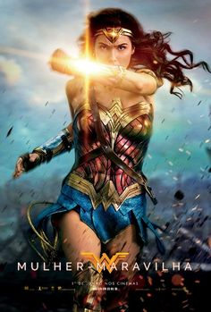 """""""Mulher Maravilha"""" muito já foi falado sobre a história de Diana, representante feminina dos super-heróis. O que eu mais gostei no filme foi que, além de mostrar a força da mulher, focou no lado positivo e ingênuo de uma deusa que acredita no poder do amor e na raça humana."""