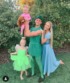 Cole, Savannah, Everleigh and Posie Cole And Savannah, Savannah Rose, Savannah Chat, First Halloween, Family Halloween Costumes, Halloween Kids, Disney Family Costumes, Family Outfits, Cute Outfits