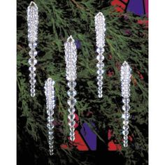 """Holiday Beaded Ornament Kit-Sparkling Icicles 3-3/4"""" Makes 30"""