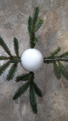 NATURESWAY: How to make a Christmas Pine Kissing Ball