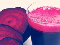 Rode bieten zitten boordevol met voedingsstoffen en vezels en ze zijn ook nog eens caloriearm. Rode bieten bevatten ook veel antioxidanten en gezonde fytochemic