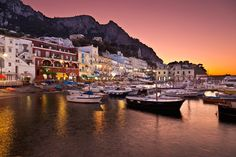 Bellisimo Capri.. sigues siendo mi tentacion :)