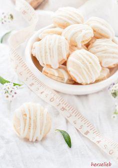 Ein Hauch Zitrone macht diese Saure-Sahne-Kekse so herrlich frisch!