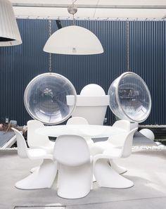 Salle à manger design blanc épuré