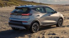 The electric Chevrolet Bolt EUV is a big(ger) deal | Fox News Honda Civic Sedan, Audi A6, General Motors, Affordable Electric Cars, Used Suv For Sale, Chevy Models, Roof Rails, Cadillac Escalade, Ford Mustang