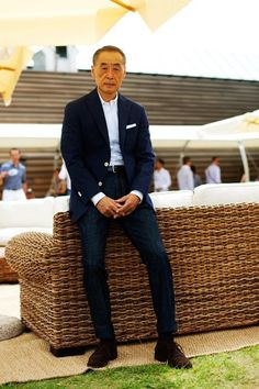 Grey fox: denim jeans and the middle-aged and older man stylish old asian guy? Cuffed Jeans, Denim Jeans, Slimming World, Ivy Style, Men's Style, Style Icons, Big Men Fashion, Japan Fashion, Sartorialist