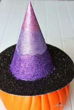 Easy Glitter Witch Hat