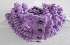#crochet curly cowl by elisabeth andrée
