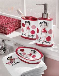 Betty Boop bathroom set - I have one in plastic - this looks like ceramic - would love this!
