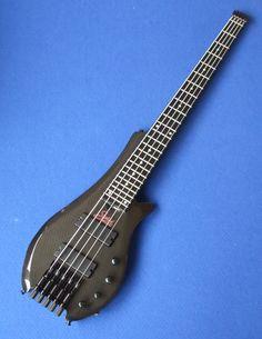 Status Graphite bass